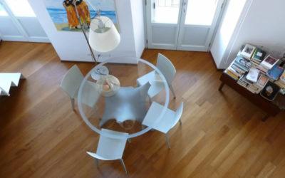 soggiorno moderno con parquet